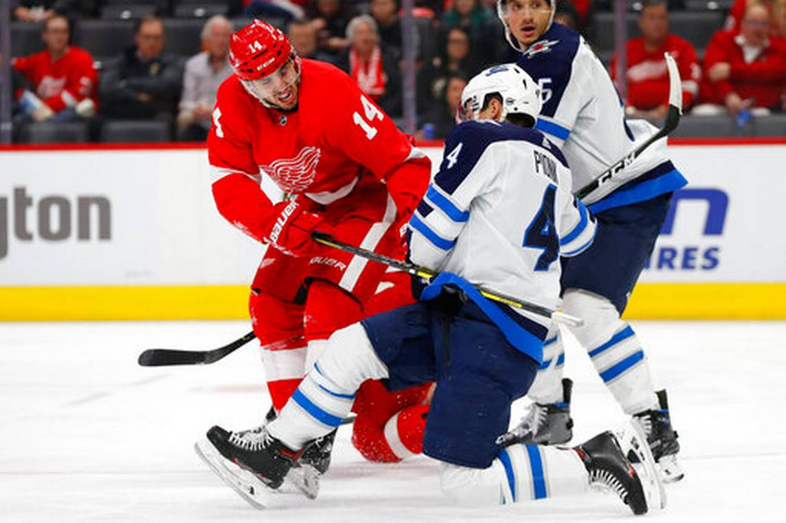 NHL Roundup: Detroit beats Jets, snaps 12-game skid